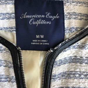 American Eagle Outfitters Jackets & Coats - American Eagle • Tweed Zip Up Blazer